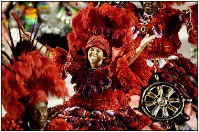 Carnival-in-Rio-de-Janeiro-13