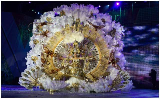 Carnival-in-Rio-de-Janeiro-2