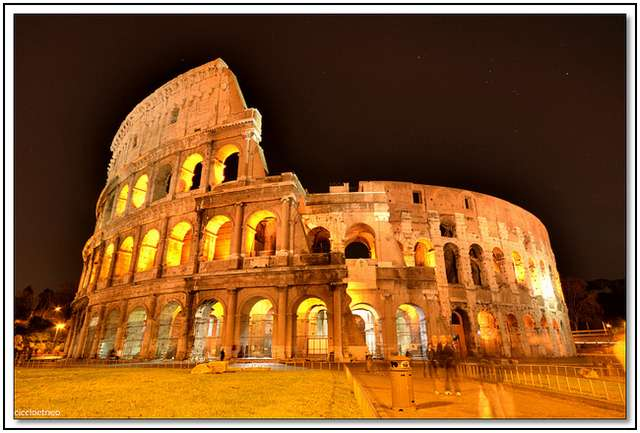 Colosseum-in-Rome-10