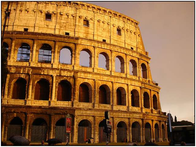 Colosseum-in-Rome-2
