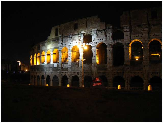 Colosseum-in-Rome-3