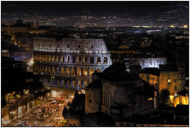 Colosseum-in-Rome-5