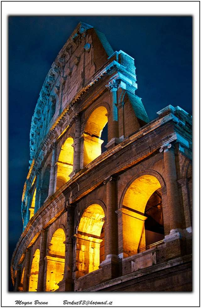 Colosseum-in-Rome-6