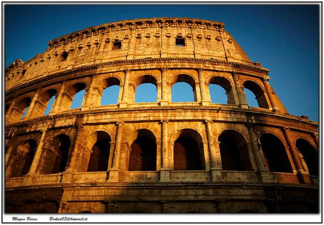 Colosseum-in-Rome-7