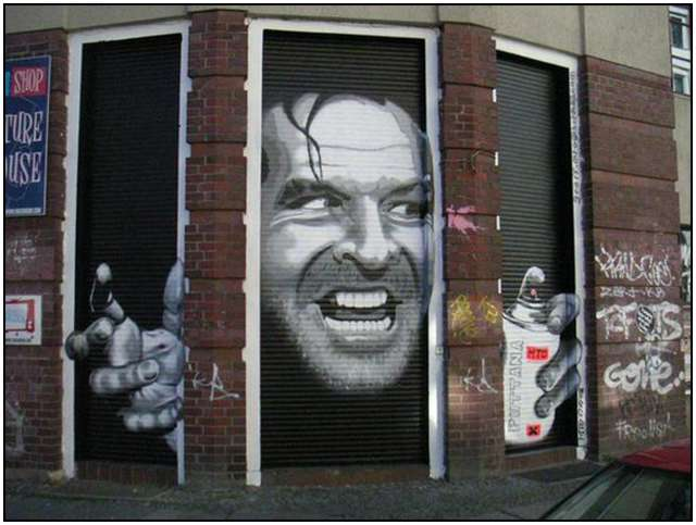 Famous-movie-roles-as-graffiti-all-over-Berlin-7