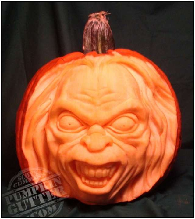 Sculptures-Made-by-Carving-Pumpkins-11