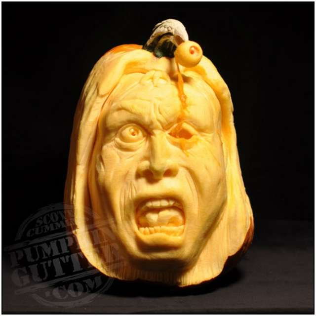 Sculptures-Made-by-Carving-Pumpkins-4
